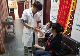 早期肺癌磨玻璃结节 中药治疗免除手术